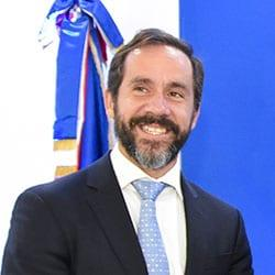 Miembro del Consejo Académico
