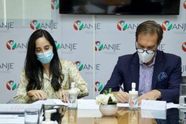 Firma acuerdo ANJE